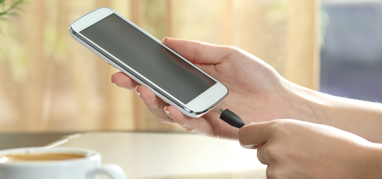 5 Easy Tips to Make Your Phone Charge Faster